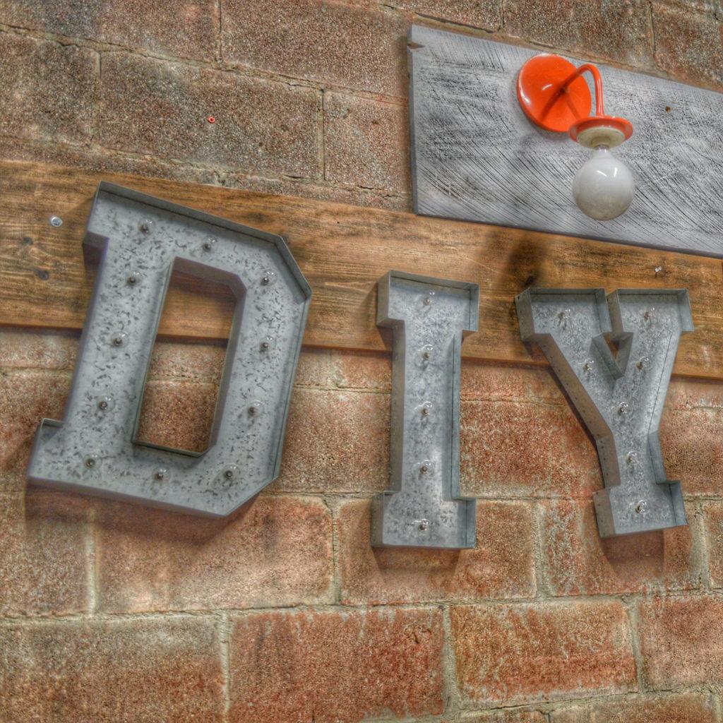 DYI Sign