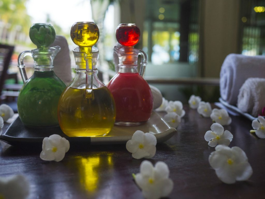 Natural Oils to Keep the Bed Bugs Away