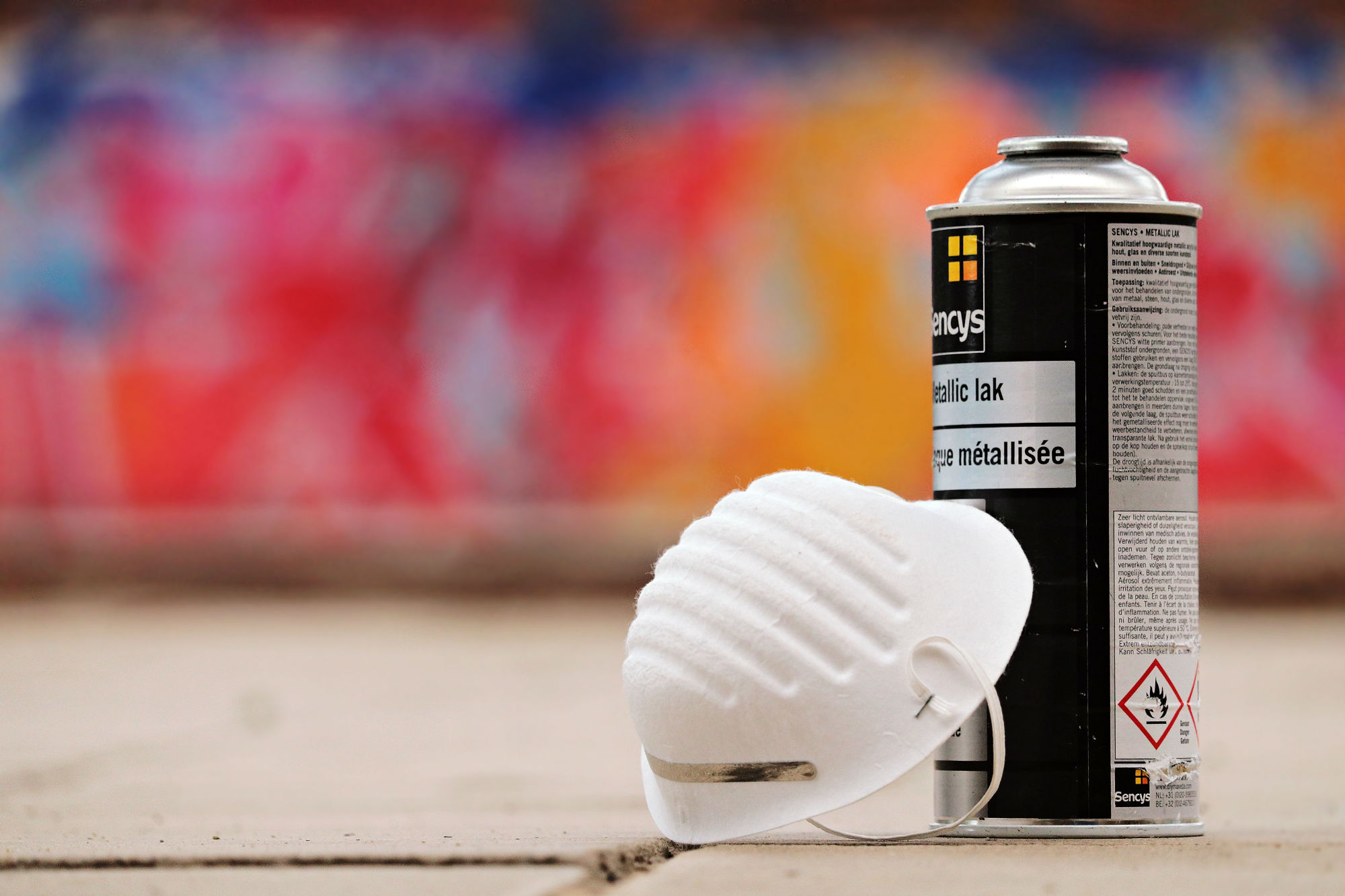 Spray Cans Protecting Against Bed Bugs